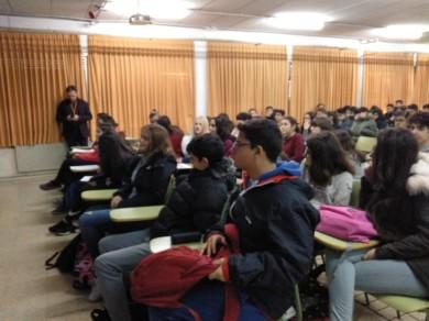 Alumnos del IES Los Castillos en la charla del 11 de febrero