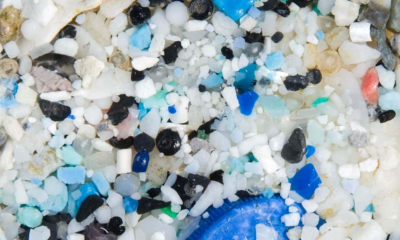 Los-microplásticos-contaminan-las-áreas-más-remotas-del-océano