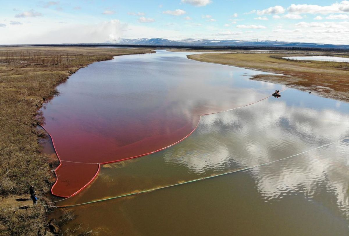 Desastre ecológico en Rusia por un vertido de más de 20.000 toneladas dediésel